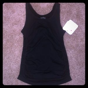 NWT Ingrid & Isabel Black Seamless Ruched Tank S/M